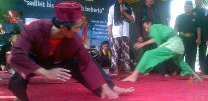 Performance of Pencak silat Betawi