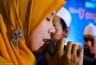 Syahdunya Shalawat untuk Almarhum