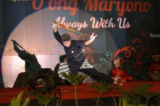 KPS Nusantara Muntilan performing Pencak Silat with the Cambuk, East and Central Javanese bullock whip