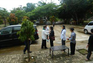 H. Embay, Tokoh Silat Banten Hadir di Galeri Rumah Dunia