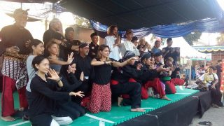 Pencak Silat performance by groups of foreigners and Indonesians