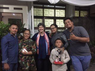 Lia and Guru O'ong's family