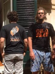 Our Italian fans have the Gila Silat t-shirt on